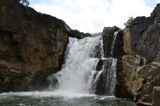 Rajpipla, Ấn Độ: Zarwani Falls
