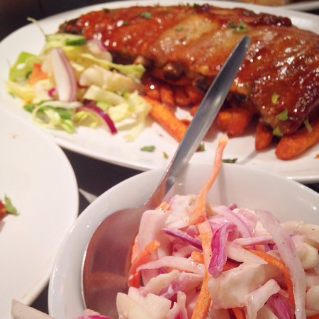 RT's Cafe: Sticky Chinese style ribs, sweet potato fries and homemade slaw