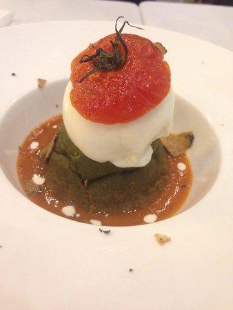 Osteria Il Matto: Glam di basilico e tartufo!
