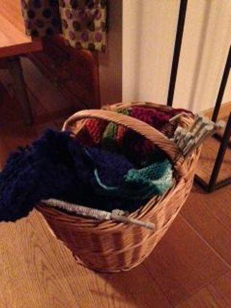 Seminar- und Wellnesshotel Stoos: cestino della maglia al bar!!!!