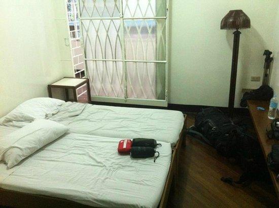 Pension Natividad: Double bed room / main building