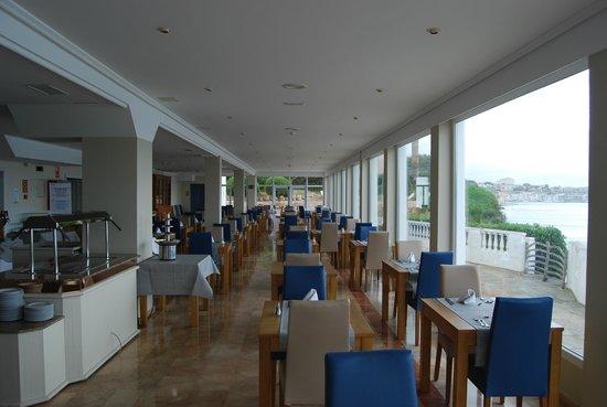 Photo of Hotel Agamenon Es Castell