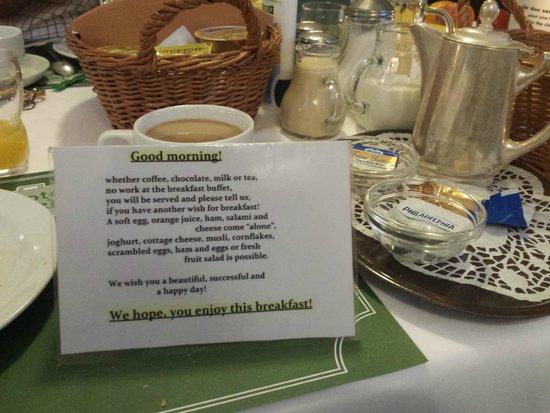 Hotel Brack: Menú desayuno