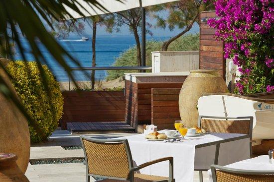 Photo of Hotel Terraza Roses