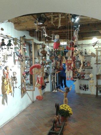 Shop Marionety Truhlar: Marionettenwinkel Truhlar interieur