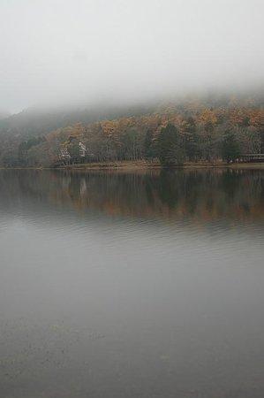 Lake Haruna Spa Yusuge : 霧の榛名湖