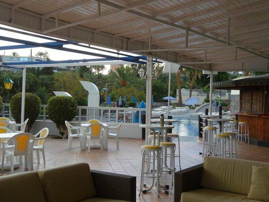 Hotel Folias: Pool Bar