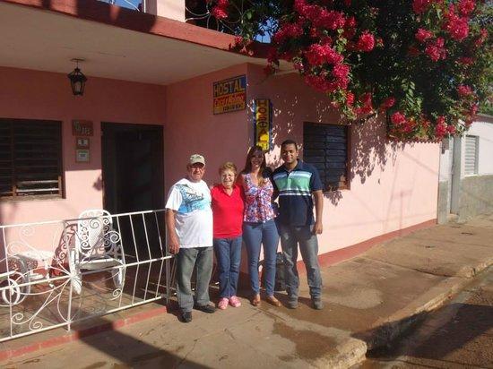Remedios, Cuba: Cuca y Molina conosco