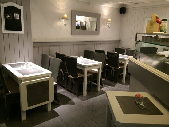 Keukens Ixina Lier : Gezellig interieur Foto van Kapucijn, Lier TripAdvisor