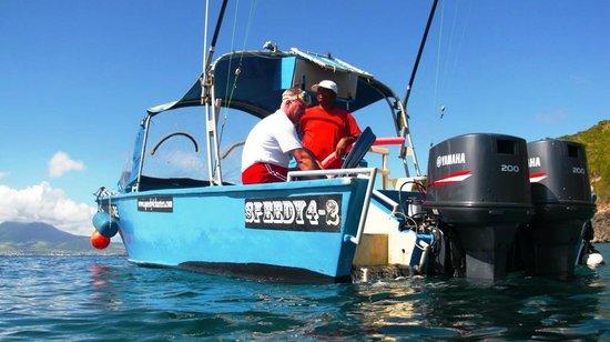 Speedy 4 Charters : Good size boat