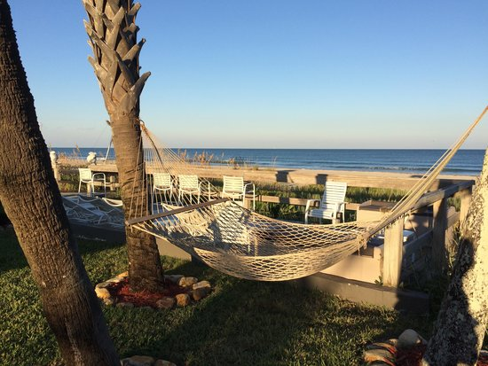 Surf Studio Beach Resort: Blick von der Terrasse
