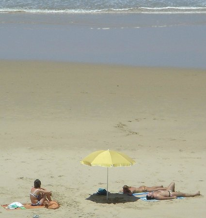 Sea Paradise: beach time