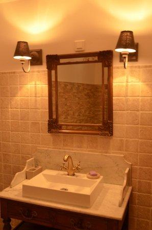 Le Clos du Saint-Quentin: Salle de bains Suite