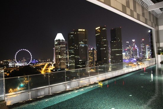 Pool at night picture of pan pacific serviced suites - Pan pacific orchard swimming pool ...