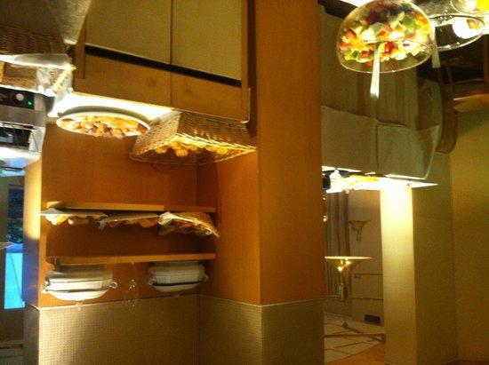 Hotel Villa Mabapa: salle du petit déjeuner