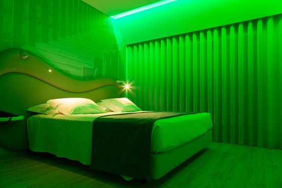 Varzinn Hotel: Double Deluxe Mood Light