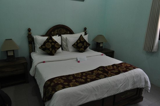 Hammerhead Hotel: Cosy bed