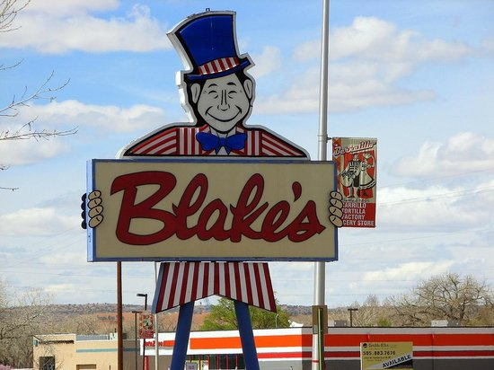 Blake's Lotaburger : Their Typical sign.  I don't recall which store this was, we've eaten at over 20 of them.