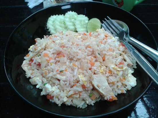 Island Lodge: delicious fried rice with vegetables at restaurant hotel