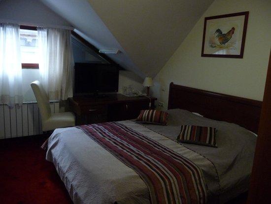 Hotel Astra Garni: Zimmer
