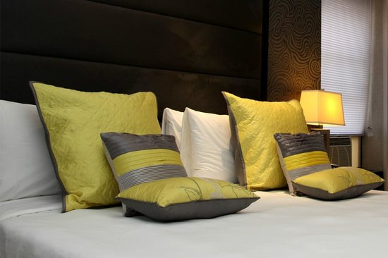 Hotel Alexander: New Bedding