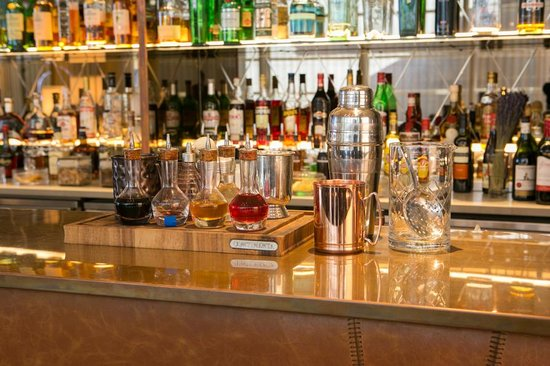 TwoRuba Bar