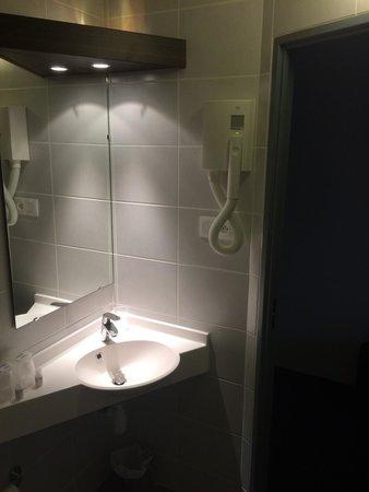 Cherre, فرنسا: Salle de bain