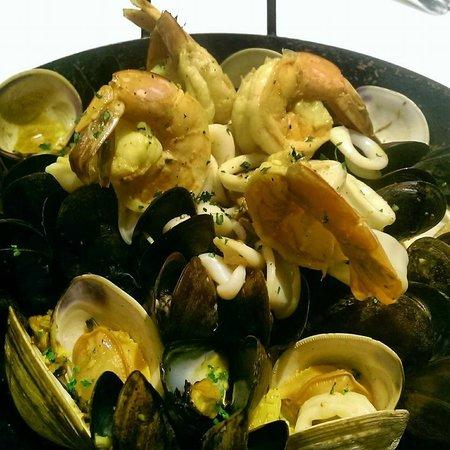 Providence Oyster Bar: Seafood Paella!