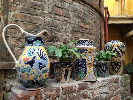 Foto de cer mica uriarte puebla fachada de la f brica y for Fabricantes de ceramica en mexico