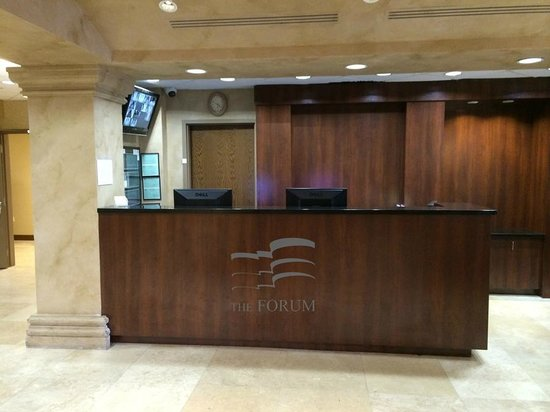 The Forum : Front Desk