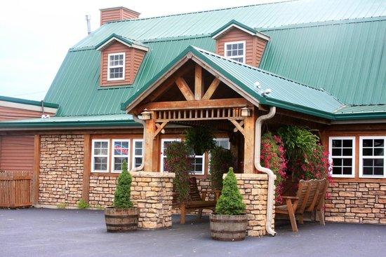 Creek Side Family Restaurant