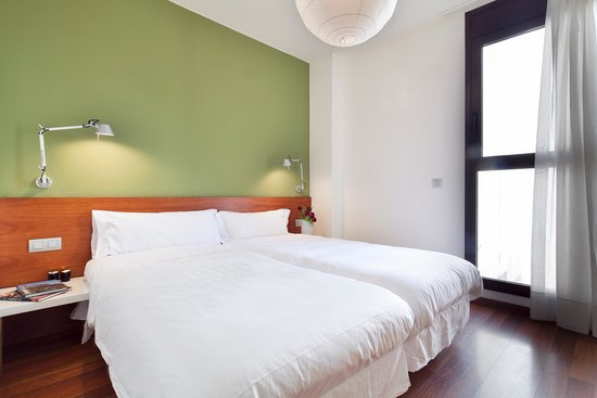 inside barcelona apartments mercat main bedroom duplex