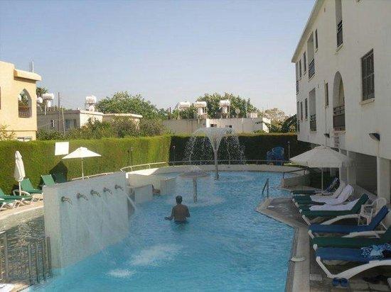 Sofianna Hotel Apts. : Pool