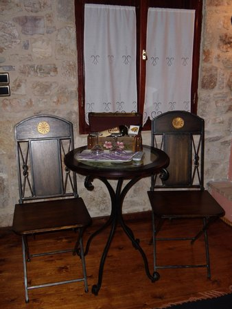 Arhontiko Kordopati Traditional Guesthouse: Εσωτερικός χώρος