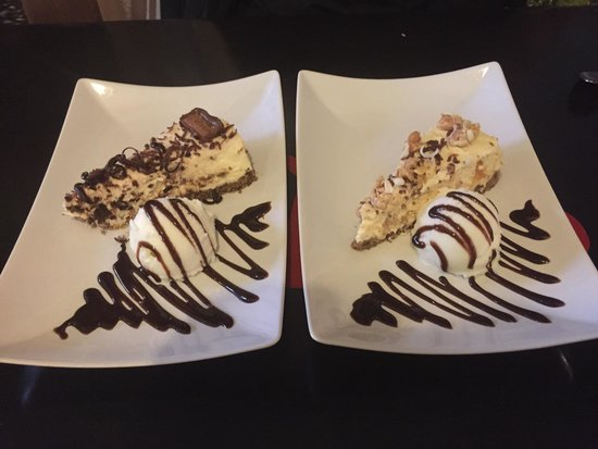 Sol y Sombra Tapas Bar : Mars Bar Cheese Cake & A Nutty type of Cheese Cake both were great!