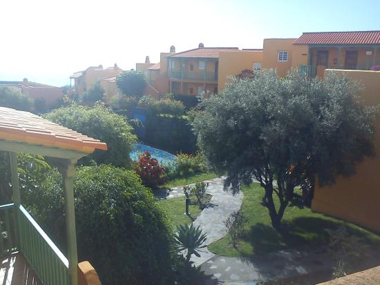 La Caleta : vista de la piscina desde la terraza