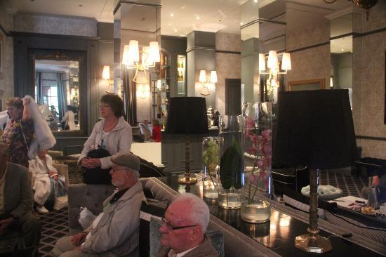 54 on Bath: Ein Teil unserer Gästeschar
