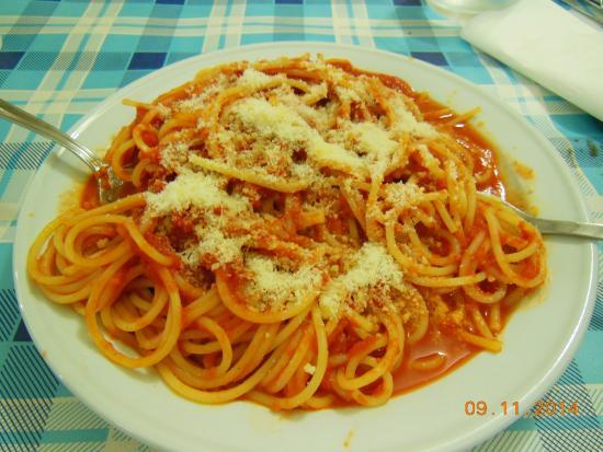 Trattoria Amadeus: spaghetti al pomodoro