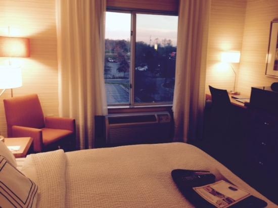 Fairfield Inn & Suites Germantown Gaithersburg : View from Room