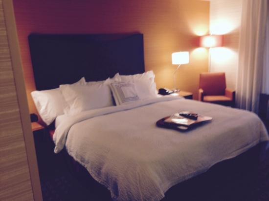 Fairfield Inn & Suites Germantown Gaithersburg : Comfy Bed