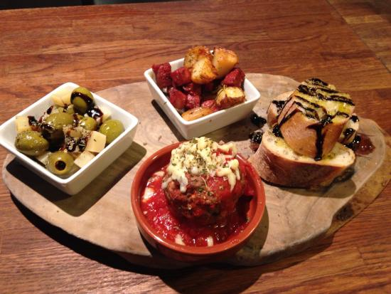 Panizzi: Mediterranean platter- lovely!
