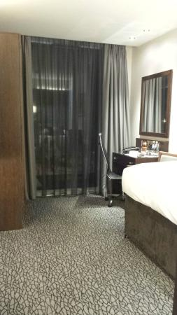 Best Western Plus Park Grand London Heathrow: Desk