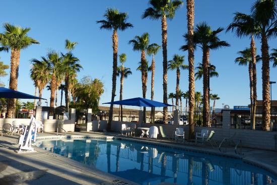 Best Western Pahrump Oasis: la piscine de l'hôtel