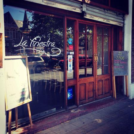 La Finestra: Fachada del restaurante