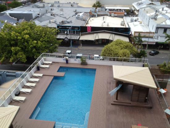 shower view picture of rydges plaza cairns cairns. Black Bedroom Furniture Sets. Home Design Ideas