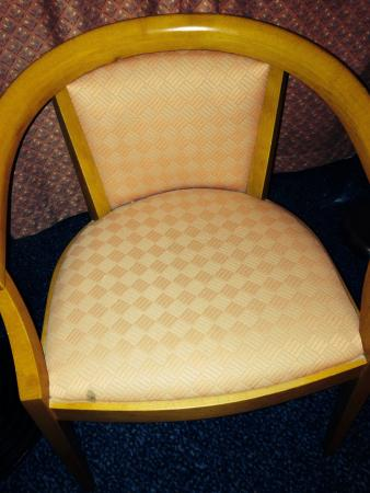 Apollo Hotel Lelystad City Centre : Stained chairs