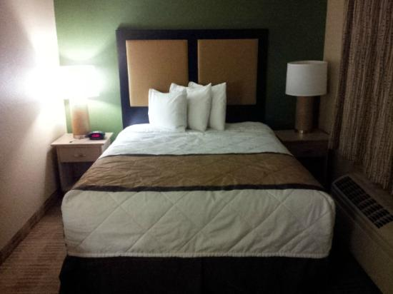 Extended Stay America - Seattle - Renton: Bed