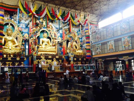 Coorg: Tibetan monastery