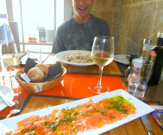 Salvino's by La Pecora Nera: salmon and risotto starters