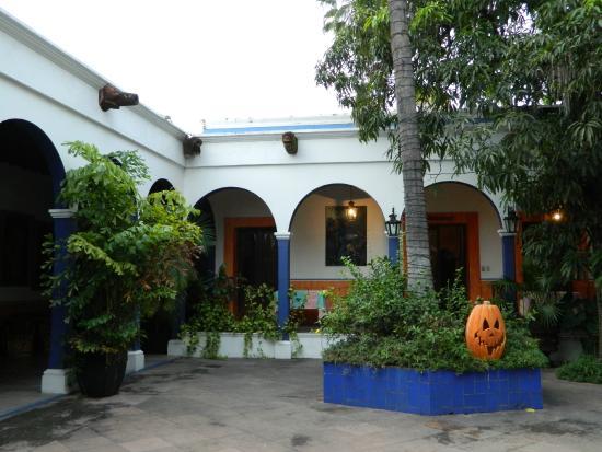 Casa de los Tesoros: inner courtyard